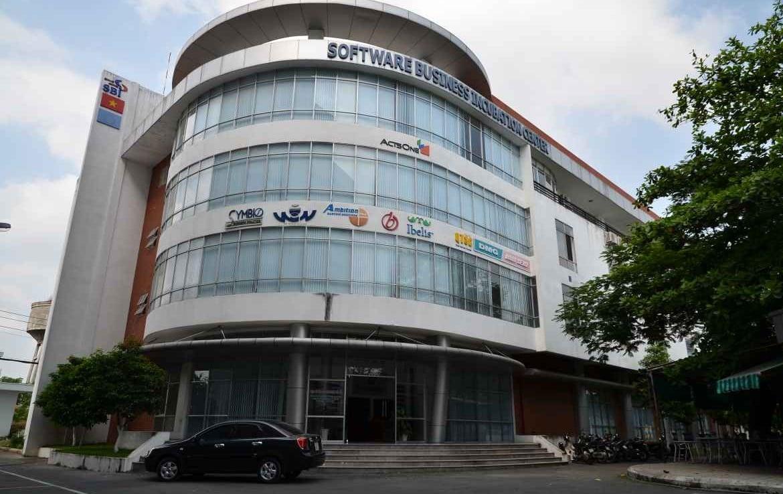 sbi-building-look-office-district-12