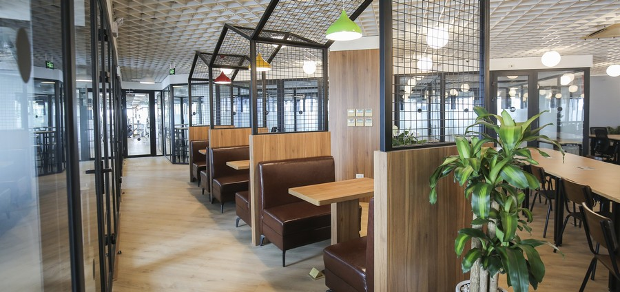 Capital Investment for opening a coworking space: