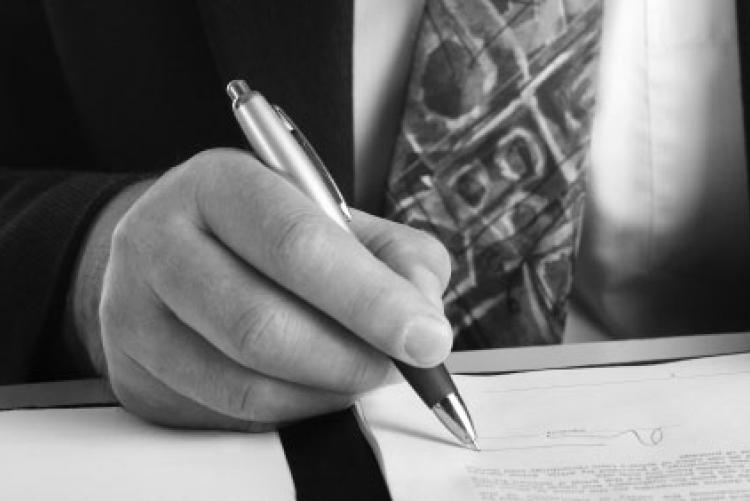 Case 2: Office lease contract with a legal entity