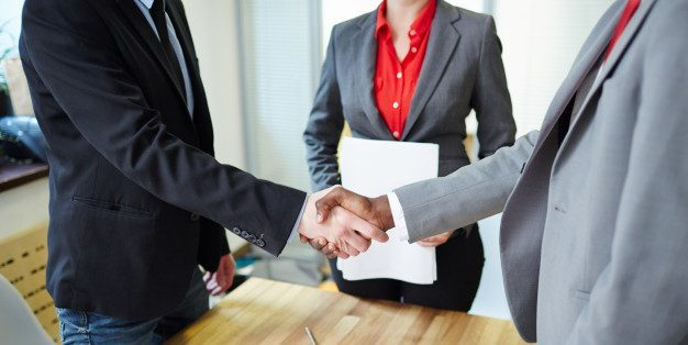 1. Make the first impression when negotiating