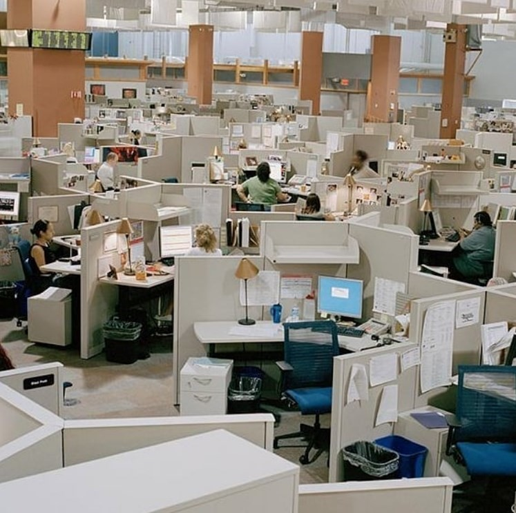 4. Overuse of office decorations for office design: